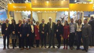 Alguns dels alcaldes i regidors de la Costa Daurada que van ser a Fitur 2019, a Madrid, la setmana passada.