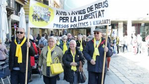 Avis i Àvies per la Llibertat fa un any que es concentren ininterrompudament al Mercadal de Reus