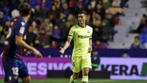 Chumi, durant el partit entre el Barça i el Llevant.