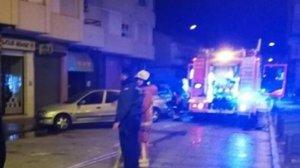Desallotgen de matinada un habitatge de Montcada per un incendi en el quart pis
