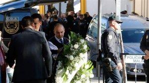 El pequeño Julen ha sido enterrado en el mismo cementerio donde descansa su hermano mayor