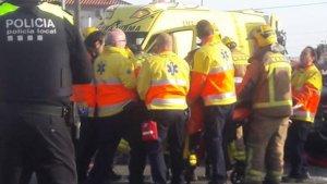 El SEM ha acudit amb tres ambulàncies