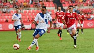 El Tenerife ha buscat l'empat durant la primera meitat buscant el contraatac