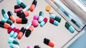 El tratamiento farmacológico del VIH/SIDA está destinado a aliviar los síntomas de la enfermedad.
