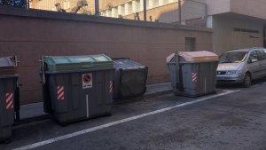 El vent ha tombat alguns contenidors avui a Reus