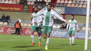 Enric Gallego celebra un gol amb l'Extremadura.