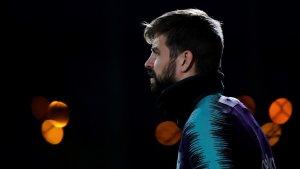 Gerard Piqué, durant un entrenament amb el Barça.