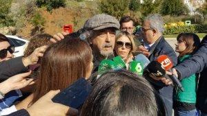 José Antonio Berrocal con la prensa en Totalán