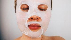 La cosmética coreana incluye todo tipo de productos como mascarillas, serums y cremas hidratantes.
