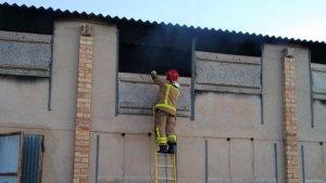 La granja on s'ha proclamat l'incendi es trobava no operativa i la feien servir de magatzem