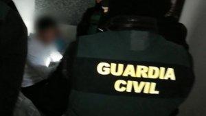 La Guardia Civil ha realizado registros en dos domicilios