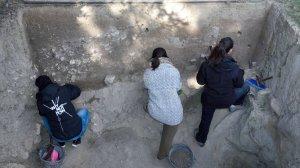 La intervenció arqueològica compta amb el suport econòmic i logístic de l'Ajuntament de Cambrils