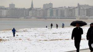 La nieve podría llegar a la costa vasca y cántabra este jueves y viernes