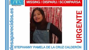 La noia desapareguda té 18 anys, cabell llarg ulls negres, mesura 1,55 metres i pesa 50 quilos