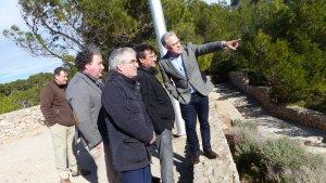 L'alcalde de Salou i el regidor d'Urbanisme visiten, acompanyats de tècnics de Costes, els trams del Camí de Ronda pendents