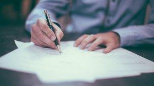 Las marcas de bolígrafos buenas deben cumplir una serie de características.