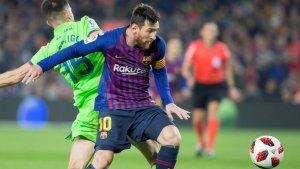 Messi es desfà de Postigo