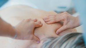 Repasamos qué es la fisioterapia y los diferentes tipos de terapia física.