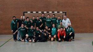 Sergi Porteros Villar, el quart començant per l'esquerra a la fila de dalt, va jugar en el Club Handbol Valldoreix
