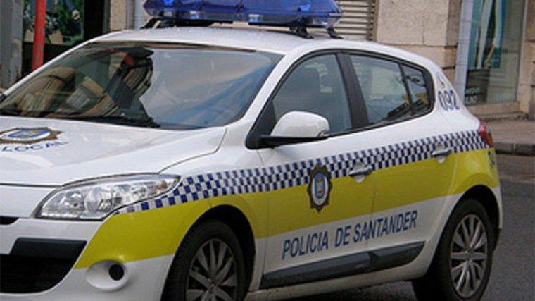 La policía local intervino tras el enfrentamiento entre el agresor y los responsables del establecimiento