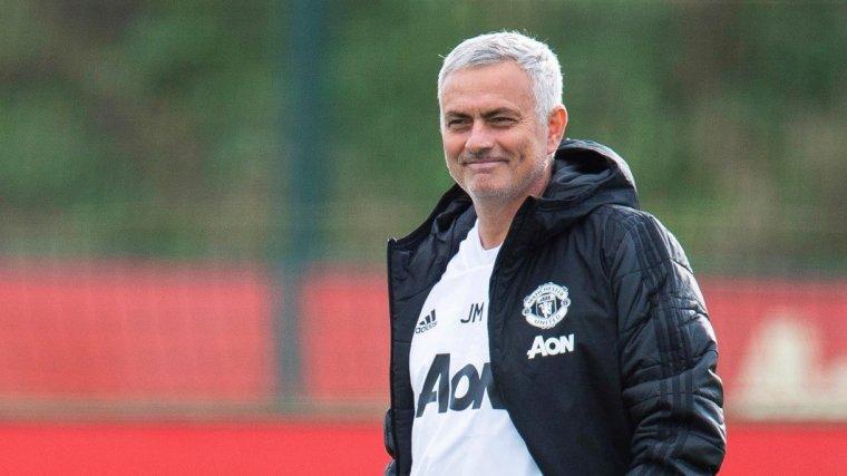Mourinho, durant un entrenament del Manchester United.