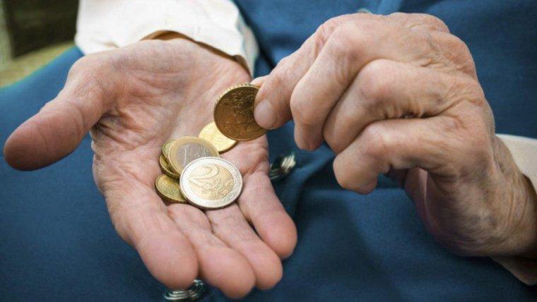 Els pensionistes cobraran un extra d'uns 13 euros en la seva nòmina de febrer