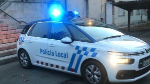Agentes la Policía Local de León detuvieron a la mujer en el domicilio familiar
