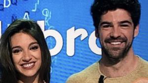 Ana Guerra y Miguel Ángel Muñoz en uno de los programas de 'Pasapalabra'
