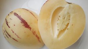 El pepino melón es una fruta con diferentes beneficios para la salud.