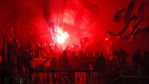 Bengales a l'estadi del Lió durant el partit contra el Barça.