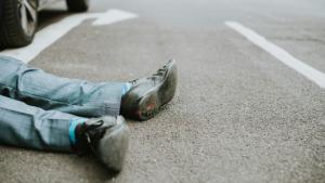 El alcohol aumenta la probabilidad de accidentes de tráfico.