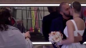 El beso que culminó la boda entre Antonio Tejado y María Jesús Ruiz