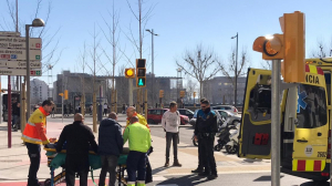 El SEM atenent al ciclista atropellat a Lleida