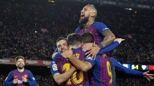 Els futbolistes del Barça celebren la golejada al Sevilla de dimecres passat