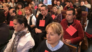 Els treballadors acomiadats del Museu d'Història de Tarragona han exigit la seva readmissió al plenari.