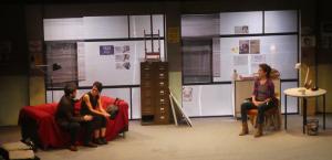 Escena de l'obra teatral «Només una vegada» al Teatre-Auditori del Morell