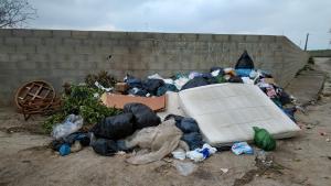 Estat actual de l'escombraria a la urbanització Carretera de la Plana, a Vilanova i la Geltrú
