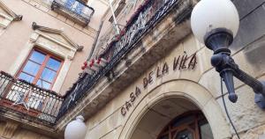 Exterior de l'Ajuntament del Vendrell.