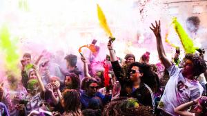 festival de color al Fes-te pols de Reus