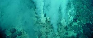 Fumaroles a la Terra, semblants a les que hi podria haver al fons d'Encèlad i origen de la vida al nostre planeta