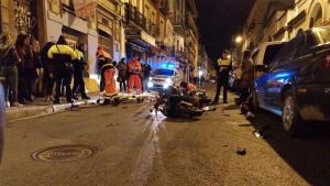 Heridos un motorista y un peatón en un atropello en la calle Feria de Sevilla