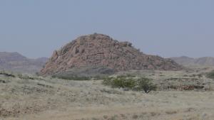 Imatge de l'aspecte d'un drumlin al desert de Namíbia