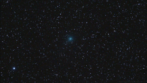 Imatge del pas del cometa Iwamoto des de Prades