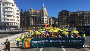 Imatge manifestació Sant Sebastià en contra del judici del procés