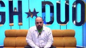 Julio Ruz recibe la decisión del programa