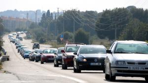La carretera N-340, col·lapsada aquest dilluns al seu pas per la Costa Daurada.