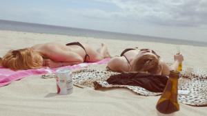 La exposición excesiva a la luz solar es un factor de riesgo clave en el cáncer de piel.