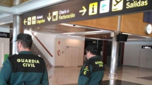 Guardia Civil aeripuerto Seve Ballesteros