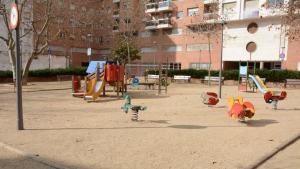 La plaça Josep Roig i Raventós de Tarragona tancarà a la nit per evitar l'incivisme.