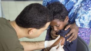 La poliomilelitis (o polio) es una enfermedad infecciosa provocada por el poliovirus.